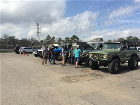 M&G held at Cottonwood, Houston, TX on Sunday Feb 18, 2018.  18 Broncos and 40-50 people showed up!