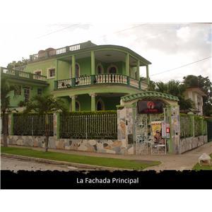casa de 7 cuartos en la habana, playa