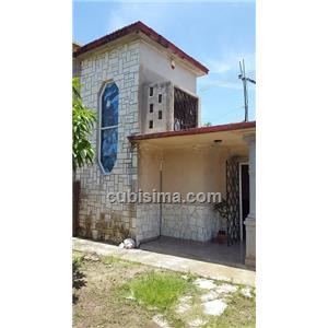 casa de 2 cuartos 60000 cuc  en calle 15 oeste varadero, matanzas