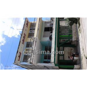 apartamento de 3 cuartos 13000 cuc  en calle luz caballero  guantánamo, guantánamo