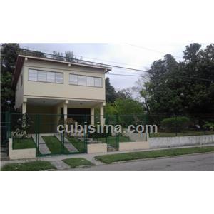 casa de 3 cuartos en calle san gregorio víbora park, arroyo naranjo, la habana