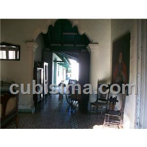 casa de 5 cuartos 80000 cuc  en calle santa rosa camaguey, camagüey