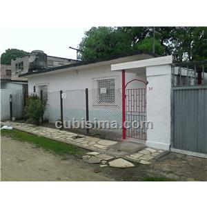 casa de 2 cuartos 10000 cuc  en calle pasaje a camaguey, camagüey