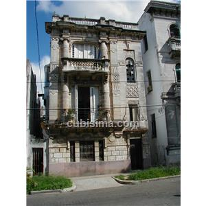 apartamento de 7 cuartos 260000 cuc  en calle 27 vedado, plaza, la habana