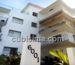 penthouse de 2 cuartos $100,000.00 cuc  en calle 7ma b almendares, playa, la habana