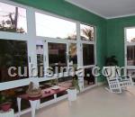 casa de 4 cuartos $120,000.00 cuc  en calle  14  vedado, plaza, la habana