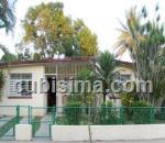 casa de 3 cuartos $57,000.00 cuc  en calle 218 fontanar, boyeros, la habana