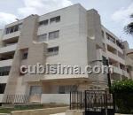 apartamento de 3 cuartos $38,000.00 cuc  en calle 32 nuevo vedado, plaza, la habana