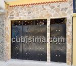 casa de 4 cuartos $65,000.00 cuc  en calle 128b vista hermosa, marianao, la habana