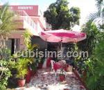 casa de 5 y medio cuartos $280,000.00 cuc  en calle 9 miramar, playa, la habana