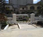 casa de 5 cuartos $160,000.00 cuc  en calle n vedado, plaza, la habana