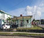 casa de 3 y medio cuartos $50,000.00 cuc  en calle a  alturas del mañana, guanabacoa, la habana
