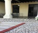 casa de 3 y medio cuartos $500.00 cuc  en vedado, plaza, la habana