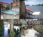 casa de 3 cuartos en calle casa en alquiler en 5ta avenida con patio al canal de la marina playa santa fe, playa, la habana