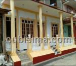 casa de 4 cuartos $100 cuc  en calle ruber lópez  baracoa, guantánamo