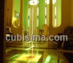 apartamento de 5 cuartos $90000 cuc  en calle san nicolas (altos). dragones, centro habana, la habana