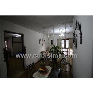 casa de 5 cuartos 10400 cuc  en habana vieja, la habana