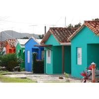 Operación un cubano, una casa._