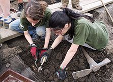 Students Dig on an Earthwatch Expedition