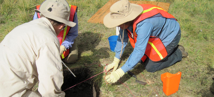 Volunteer archaeologists on an Earthwatch project in New Mexico, USA