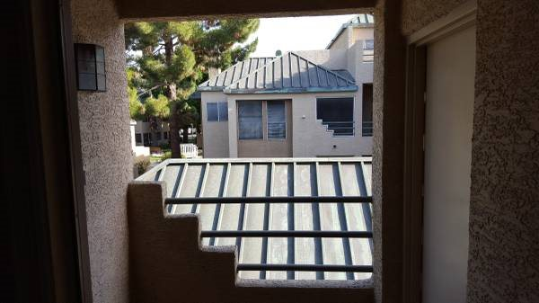 I Need a Custom Built sun Screen To Enclose Small Patio Cover Photo