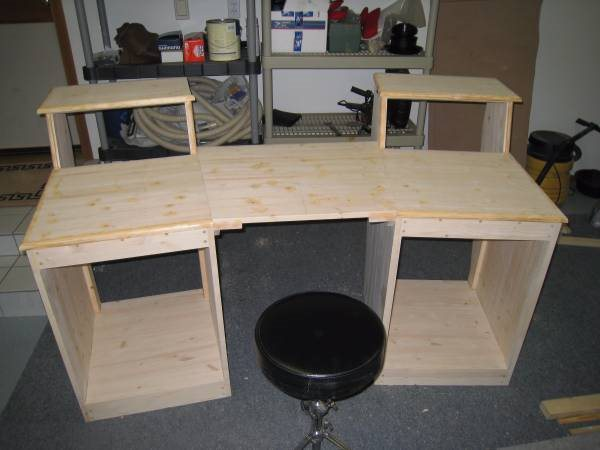 Looking To Build a Custom Workstation Cover Photo