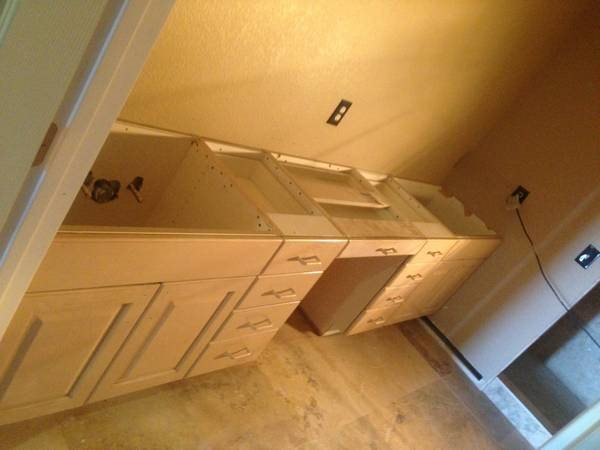 Bathroom Counter Top Installation Cover Photo