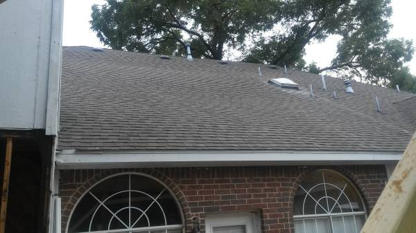 Roof Removal And Installation Cover Photo