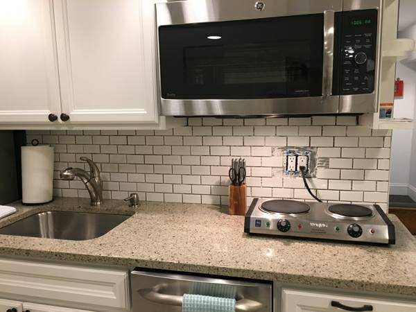 Finish Backsplash Tile and Grout Cover Photo