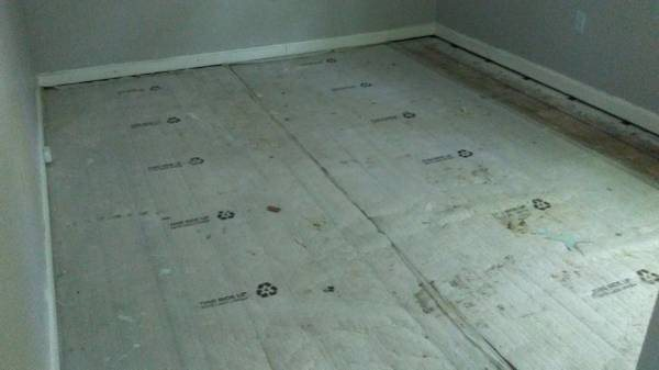 Need Someone To Install Laminate Flooring in 3 Rooms Cover Photo