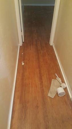 Sanding  And Refinish Hardwood Floor Cover Photo