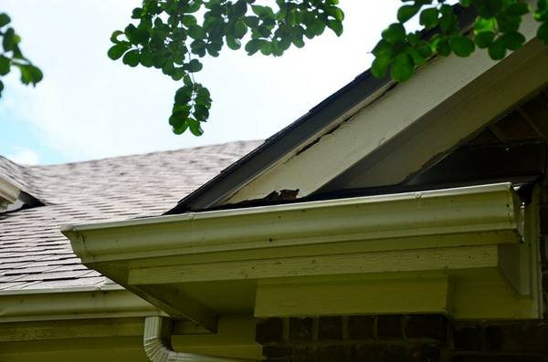 Replace Soffit Cover Photo