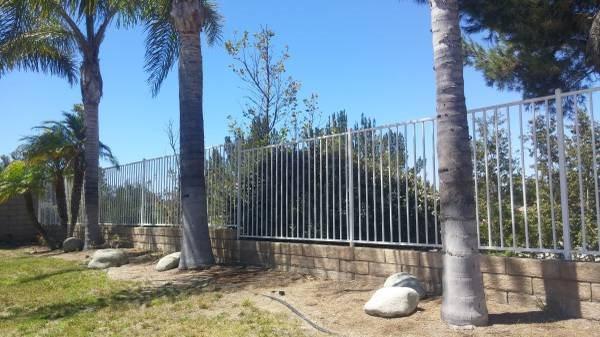 Outdoor Fencing