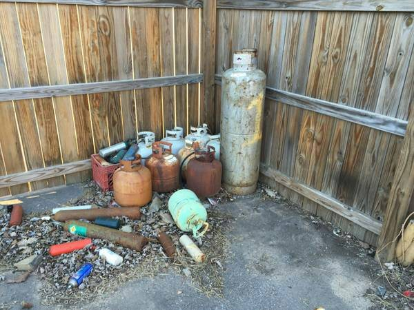 Need Propane Tanks Hauled Away Cover Photo