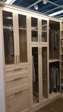 Custom Walk In Closet  Cover Photo