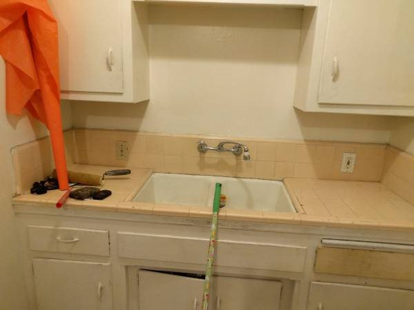 Demo And Retile Kitchen Counter Cover Photo