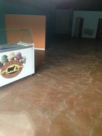 Retail Interior Store- Paint Job 3 500 Sq Ft Cover Photo
