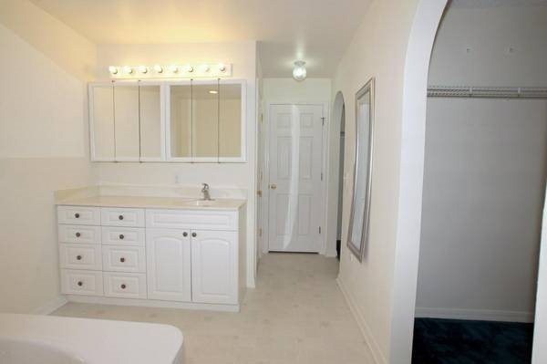 Flooring - Porcelain Tile Installation Cover Photo
