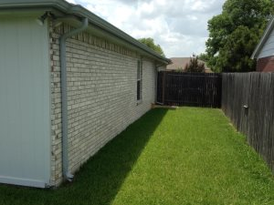 Replace Fence W/Wood Post Cover Photo