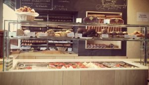 Bakery Display Glass/Sneezeguard Cover Photo