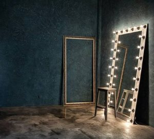 Build A Vanity Mirror  Cover Photo
