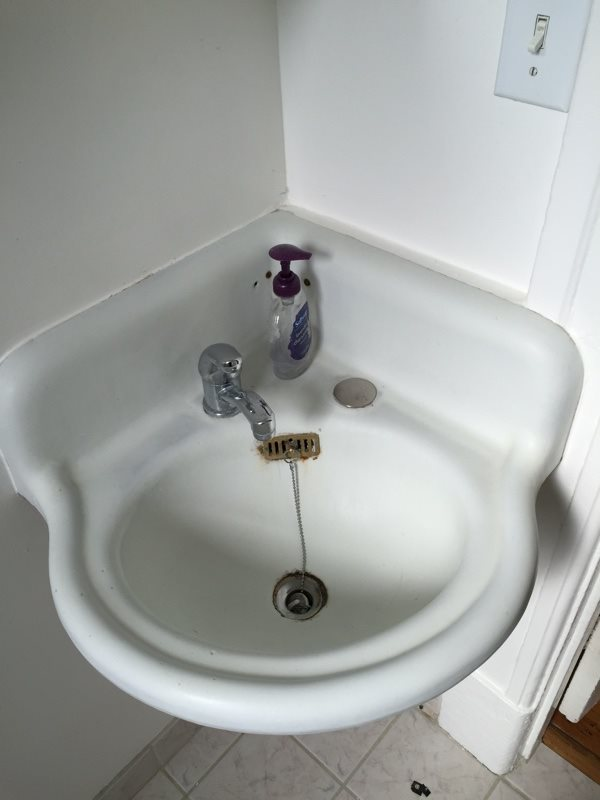 Cost Of Refinishing Reglaze Claw Tub And Sink In Tucson AZ