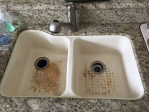Kitchen Sink And Faucet Cover Photo