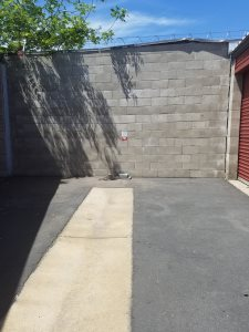 Exterior Block Wall Cover Photo