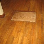 Yorktown Hardwood Floors Logo