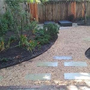 Um Gardening Services lamscaper Cover Photo