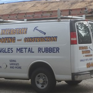 Interstate Roofing And Vinyl Siding Logo