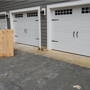 Easy  Slide Ovehead GarageDoor  LLC, Logo