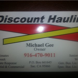 Discount Hauling Logo