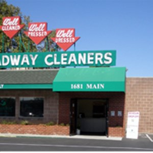 Broadway Drapery Cleaners Logo